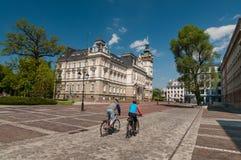 Motociclisti sul mercato prima municipio in Bielsko-Biala Plac Ratuszowy, Polonia Fotografie Stock Libere da Diritti