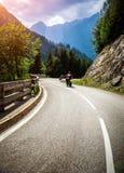 Motociclisti sulla corsa montagnosa Fotografia Stock Libera da Diritti