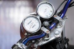 Motociclo d'annata alto chiuso immagine stock libera da diritti