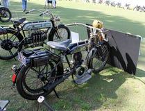 Motociclo d'annata di guerra due del pre-mondo Fotografia Stock