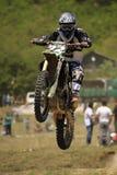 Motocrós-salte. Fotos de archivo