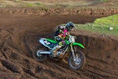 Motocrösser üben Teilnehmer an Tain MX, Schottland. Stockfotografie