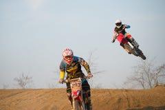 Motocross Rider Jump Imagem de Stock Royalty Free