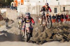 Motocross sulla spiaggia Immagini Stock