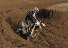 Motocrossar öva deltagaren i Tain MX, Skottland. royaltyfri foto