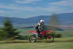 Motocrossrennläufer lizenzfreie stockbilder