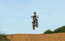 Motocrossrennläufer Stockfotos