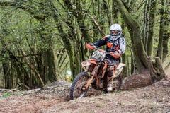 Motocrossruiter bij het Drapak-Rodeoras Stock Afbeeldingen
