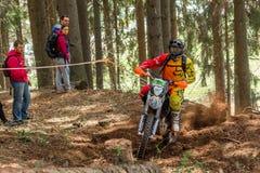 Motocrossruiter bij het Drapak-Rodeoras Royalty-vrije Stock Afbeelding