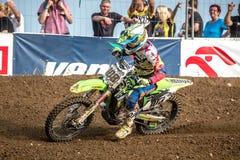 Motocrossruiter in het ras Stock Fotografie