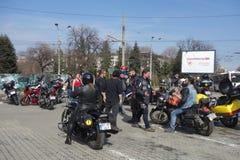 Motocyclistes se réunissant à Bucarest Photos libres de droits