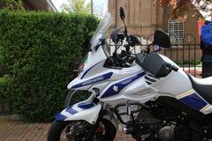 Motocykl magistracki egzekwowanie oficer Zuidplas w holandiach parkować w Zevenhuizen fotografia stock