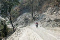 Motocykl na drodze gruntowej obraz stock