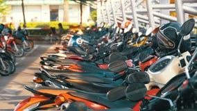 Motocykl na parking w Tajlandia blisko centrum handlowego zbiory