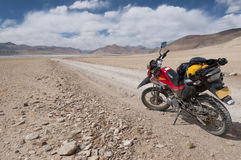 Motocykl przygoda przy Tso kar, Ladakh, India Fotografia Stock