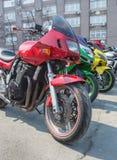 motocykl w parking w rzędzie Zdjęcia Stock