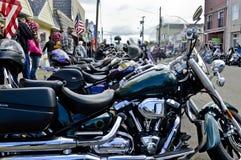 Motocykle Uszeregowywający w Florencja, Oregon fotografia stock
