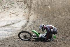 motocyklista upaść Zdjęcia Royalty Free