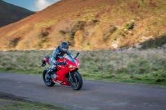 Motocyklu Panning obrazy royalty free