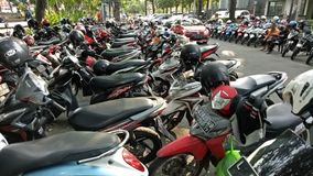 Motocyklu parking w Bungkul parku, Surabaya, Wschodni Jawa, Indonezja Obraz Royalty Free