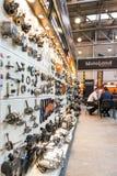 Motopark-2015 (BikePark-2015) Der Ausstellungsstand von MotoLand Der Stand mit Ersatzteilen Stockfotos