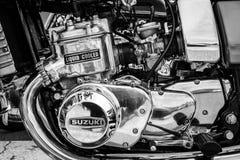 Motor av den första japanska motorcykeln med enkyld motor Suzuki GT750 Arkivbilder