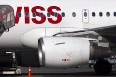 Motor av det moderna passagerarestrålflygplanet arkivbilder
