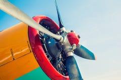 Motor av ett gammalt flygplan royaltyfri fotografi