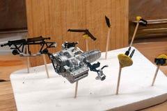 Motor, caixa de engrenagens, elementos da suspens?o, correia de sincronismo Conjunto em grande escala dos modelos Pe?as pl?sticas imagem de stock