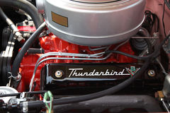 Motor clásico de Thunderbird Fotos de archivo libres de regalías