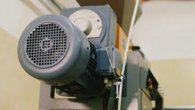 Motor compresor industrial Surpasses instaló tubos el líquido almacen de video