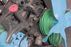 Motor con las piezas pintadas para la demostración Imagen de archivo libre de regalías