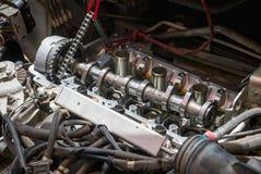 Motor de coche de la fijación usando método local en Tailandia Fotografía de archivo libre de regalías
