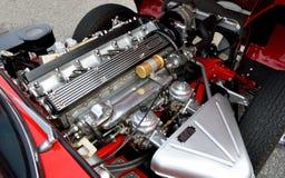 Motor de coche restablecido de la vendimia imágenes de archivo libres de regalías