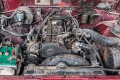 Motor de coche viejo Imagenes de archivo