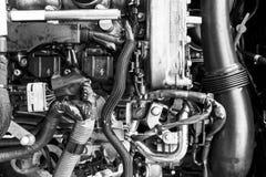 Motor de gasolina do carro Peça do motor de automóveis Imagem do close-up motor a combustão interna Motor que detalha em um carro imagem de stock royalty free