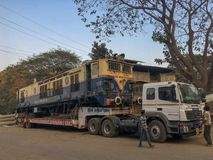 Motor de mudanza de WCAM 3 en la estación ferroviaria kalyan de las mercancías imagen de archivo libre de regalías