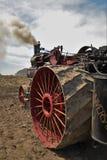 Motor de trator do vapor de Amish que prepara-se para arar fotografia de stock