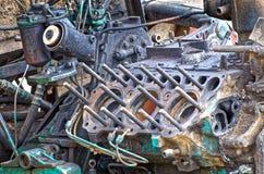 Motor de trator velho com cabeça de cilindro removida Foto de Stock Royalty Free