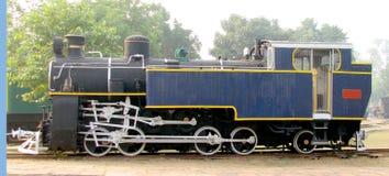 Motor de vapor del carril Imágenes de archivo libres de regalías