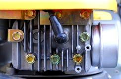 Motor del cortacéspedes de césped Imágenes de archivo libres de regalías