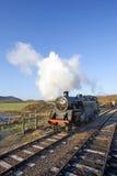 Motor del tren viejo del vapor en el castillo en Wareham, Dorset de Swanage foto de archivo libre de regalías