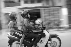 Motor, der in Penang radfährt Stockfoto