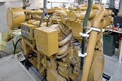 Motor diesel en el yate Imagenes de archivo