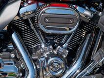 Motor e exaustão do cromo da bicicleta da motocicleta Fotografia de Stock Royalty Free