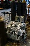 Motor en el piso Fotografía de archivo