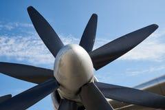 Motor för flygplan för Ð-turbopropmotor med två fyra-bladed propellrar arkivbilder
