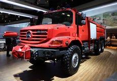 Motor för Mercedes BenzZetros brand Arkivfoton
