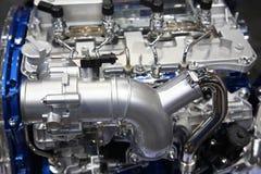 Motor för motor för silverkrombil Arkivbild