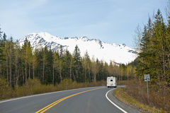Motor home on Alaskan highway Royalty Free Stock Photography